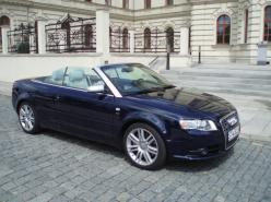 Audi S4 CABRIO - QUATTRO  , okamžitě