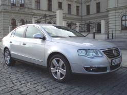 VW Passat 4MOTION HIGHLINE 2,0 TDI