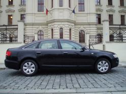 a AUDI A6 3,0 TDI QUATTRO TIPTRONIK, roční vůz od AUDI AG